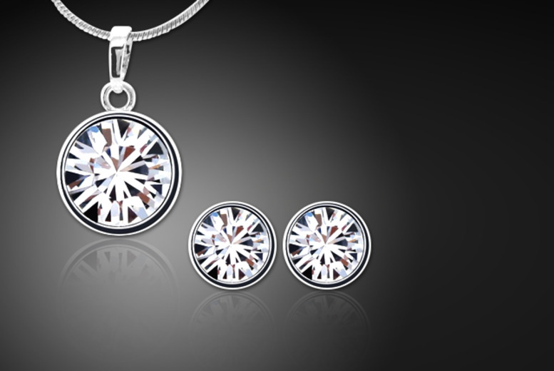 £10 instead of £80 (from Cian Jewels) for a birthstone earring and pendant set made with Swarovski Elements - save 88%