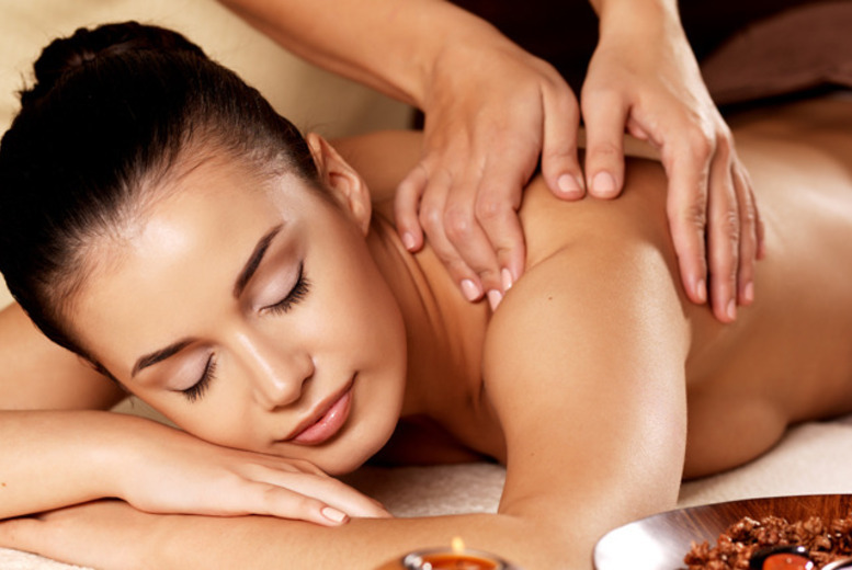 £22 for a detox pamper package inc. full-body exfoliating treatment and cellulite massage with Jasmin Olivia at the Moat House, Stoke on Trent - save 51%