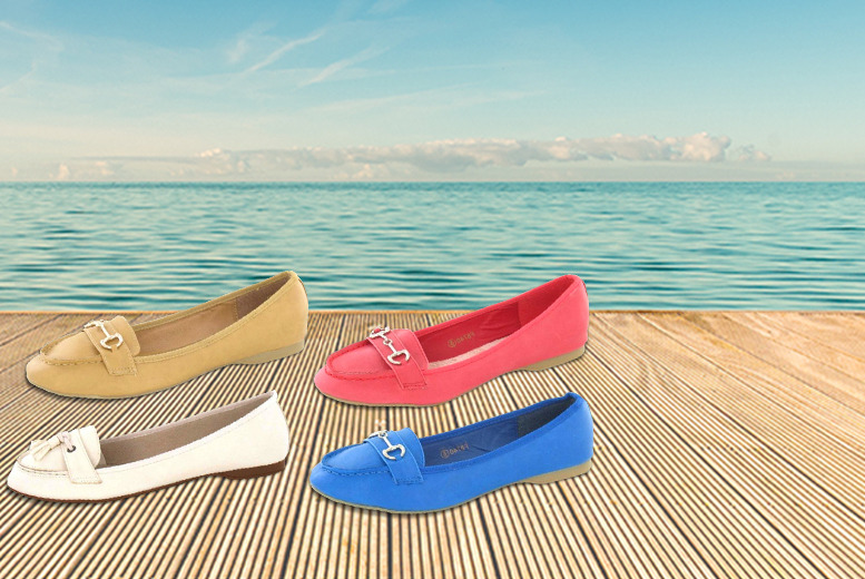 £8.99 instead of £15.99 (from Gluv Footwear) for a pair of ladies slip on summer moccasins – put your best foot forward and save 44%
