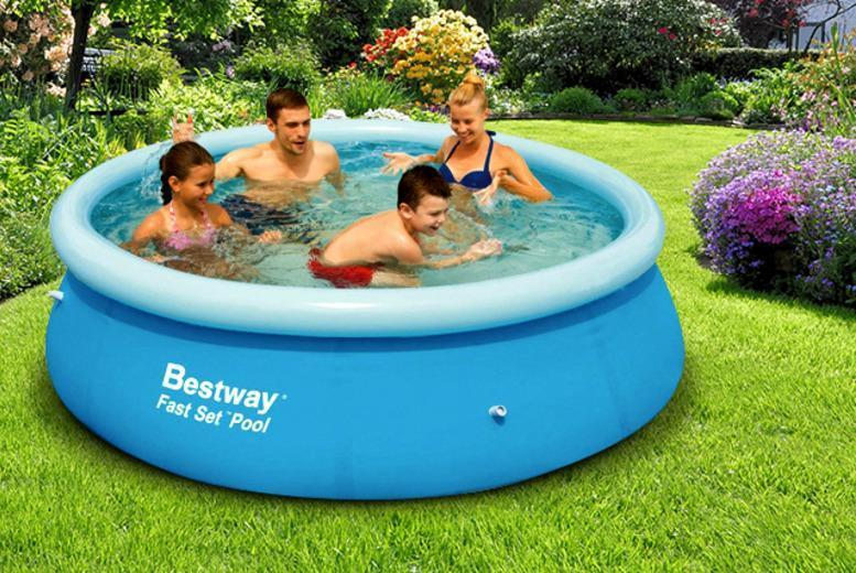 £18 for a rectangular garden pool, £25 for an 8ft circular pool or £29.99 for a 10ft circular pool from Wowcher Direct - save up to 69%