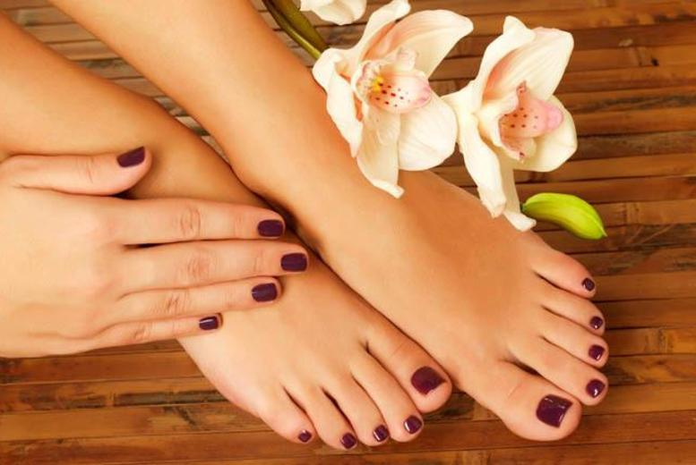 £14 instead of up to £40 for a Shellac mani or pedi, or £19 for a Shellac mani & pedi at Nature's Way, St John's Wood - save up to 65%