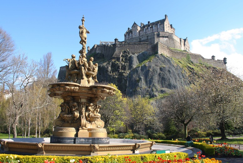 From £79pp (from ClearSky) for a 4*1nt Edinburgh stay for 2 inc. flights, b'fast & Edinburgh Castle entrance, from £119pp for 2nts – save up to 38%