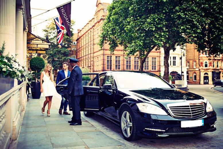 £5 instead of £20 (from Uber) for a £20 voucher to spend on one private car journey in London - travel safe and save 75%