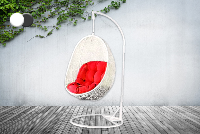 £139 instead of £349.99 (from Real Home Furniture) for a Rattan cocoon hanging garden egg chair – save 60%
