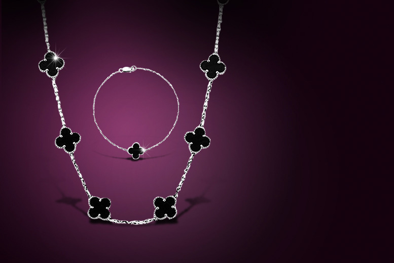 £9.99 instead of £79.99 (from Fashion Revenge) for a clover necklace and bracelet set in a choice of colours - save 88%
