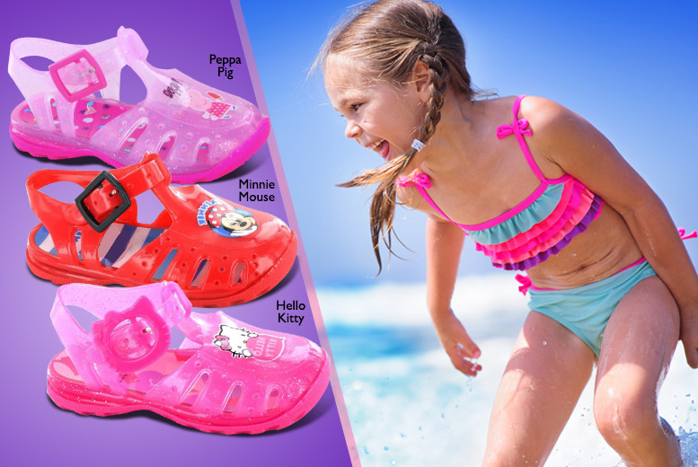 £5.99 instead of £9.95 (from Kids Shoe Factory) for a pair of children's jelly sandals, £9.99 for 2 pairs - save up to 40%