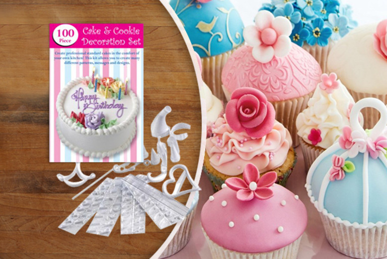 £4.99 instead of £21.99 (from Groundlevel.co.uk) for a 100-piece cake and cookie decorating set - save 77%