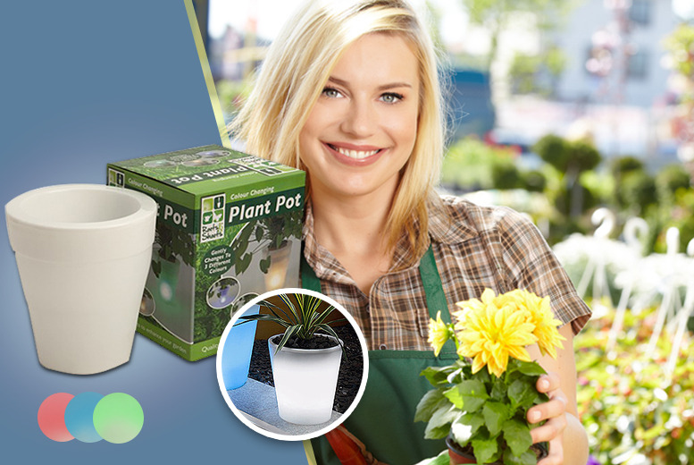 £11.99 instead of £24 (from Urshu) for two colour changing plant pots or £16.99 for three pots - save up to 50%