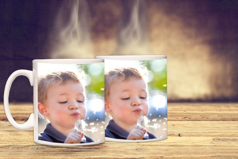 £6.99 instead of £13.98 (from Great Photo Gifts) for two personalised photo mugs - save a picture perfect 50%