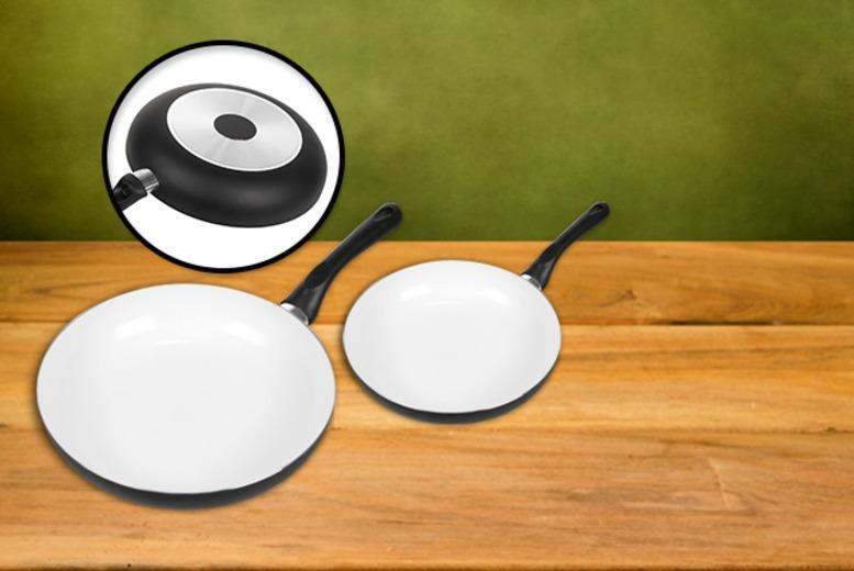 £9.99 instead of £39.99 for a 2-piece non-stick ceramic frying pan set from Wowcher Direct - save 75%