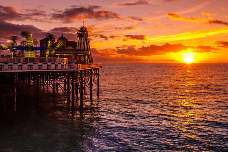 £49 instead of up to £135 (at Hotel Umi Brighton) for a 1-night stay for 2 including breakfast, £97 for 2 nights - save up to 64%