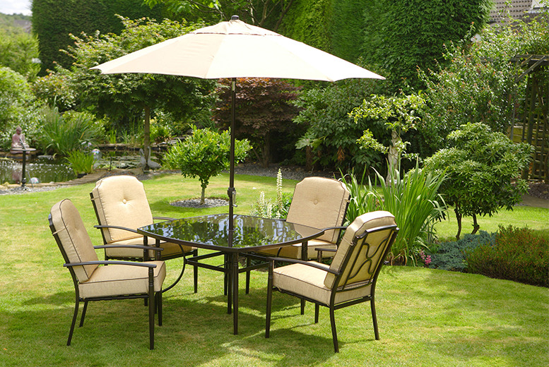 £399 instead of £799 for a 6-piece garden dining set inc. a parasol, 4 chairs and a glass-topped table from Wowcher Direct - save 50% + DELIVERY INCLUDED