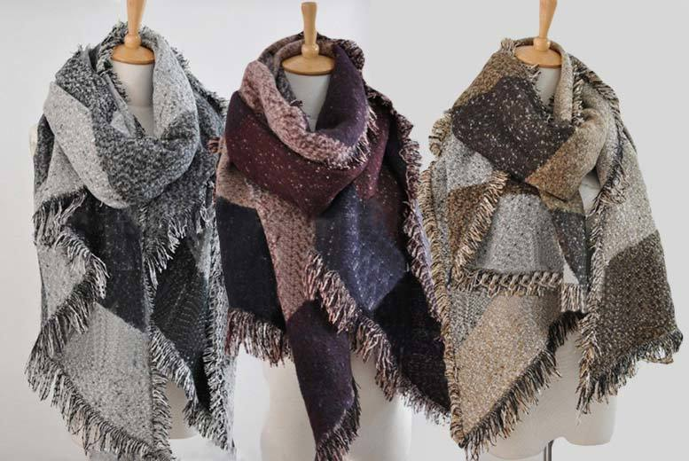 £10 instead of up to £47 (from Boni Caro) for an oversized blanket scarf - choose from five colours and save 79%
