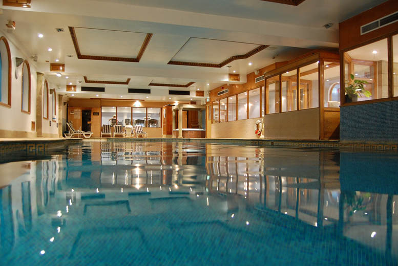 £129 (at Washington Central Hotel) for a 2nt Lake District stay for 2 inc. b'fast, spa access, cocktails and canapés, or £159 for 3nts - save up to 51%
