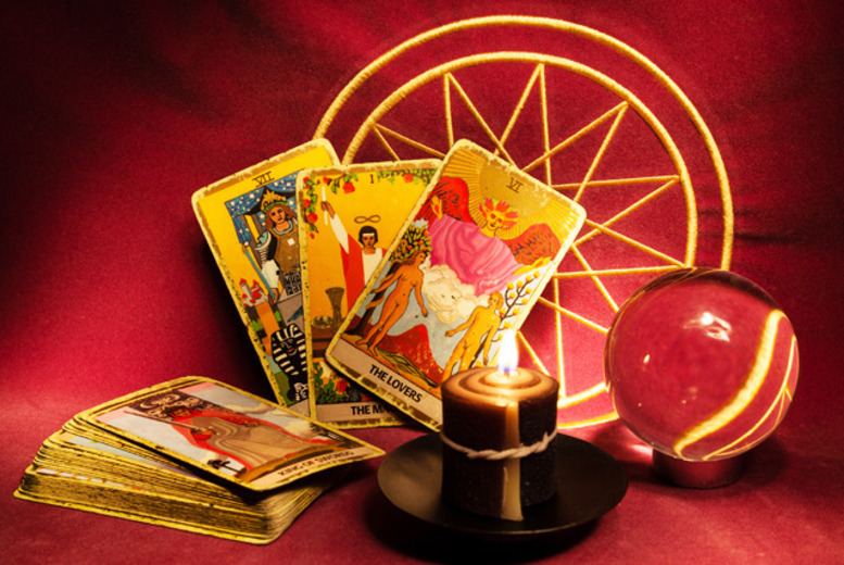 £9 instead of £45 for a 30-minute clairvoyant, tarot or angel card reading at Shining Light, Edinburgh - save 80%