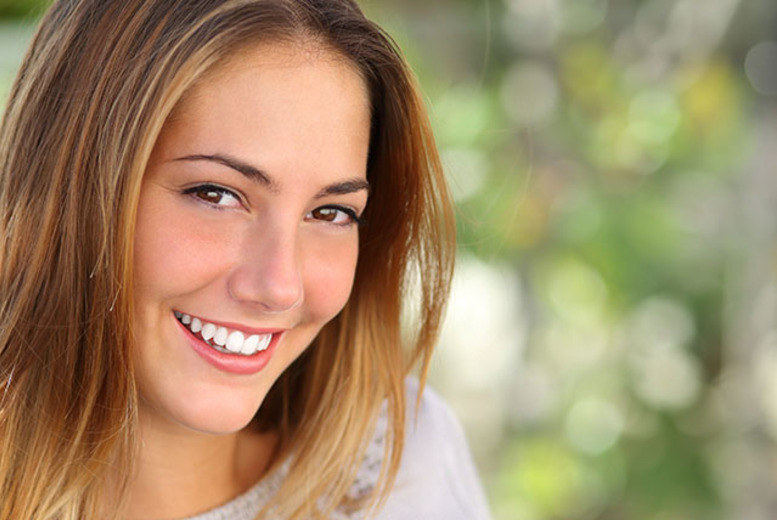 £699 for 'Six Month Smiles' clear braces on one arch, £999 for both arches at Fresh Faced - smile and save up to 42%