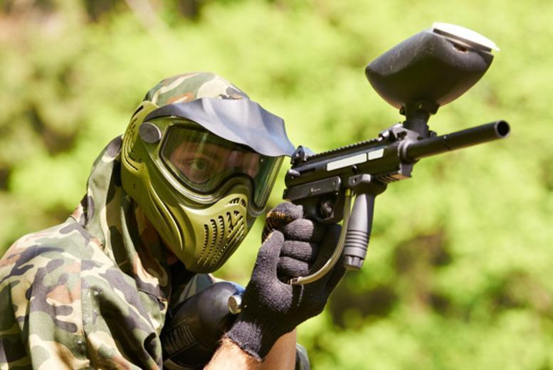£10 for paintballing for 5 people inc. lunch and 100 paintballs each, £18 for 10 people, £35 for 20 with Mayhem South East - save up to 80%