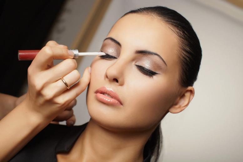 £10 for a 1 hour one to one makeup lesson with a Lancôme makeup artist, inc.  a glass of bubbly at Jenners, Edinburgh