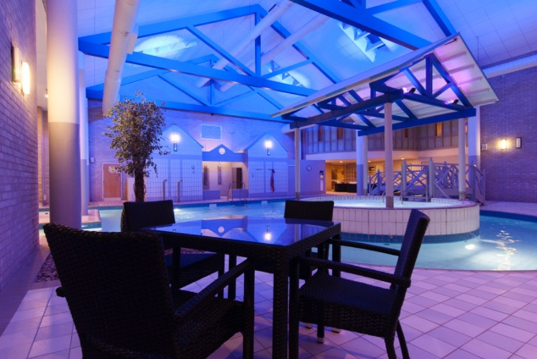 £109 (at Hallmark Hotel Gloucester) for a 4* Cotswolds break for two with leisure access, drinks voucher, breakfast and hot stone or Swedish massage - save up to 42%