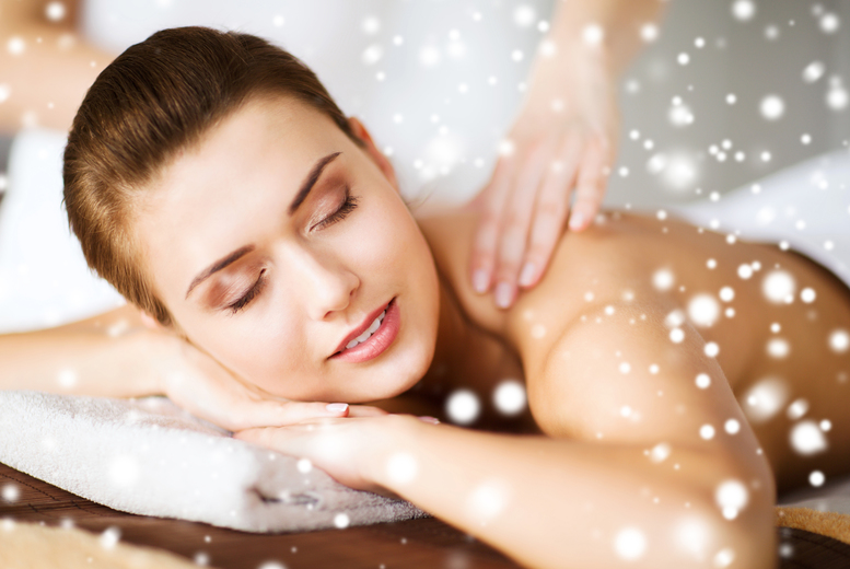 £29 instead of £80 for a 90-minute pamper package with bubbly at Preened and Polished, Manchester - save a relaxing 64%