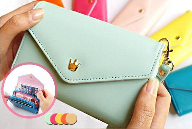 £5.99 instead of £34 (from Alvi's Fashion) for a faux leather pouch organiser in a choice of colours - save 82%