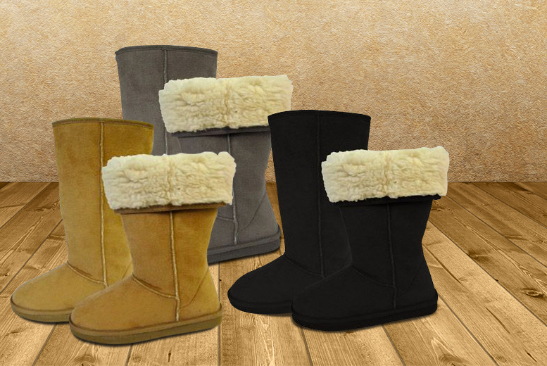 £12 instead of £39 (from Urshu) for a pair of women's fleece-lined boots - save a snug 69%