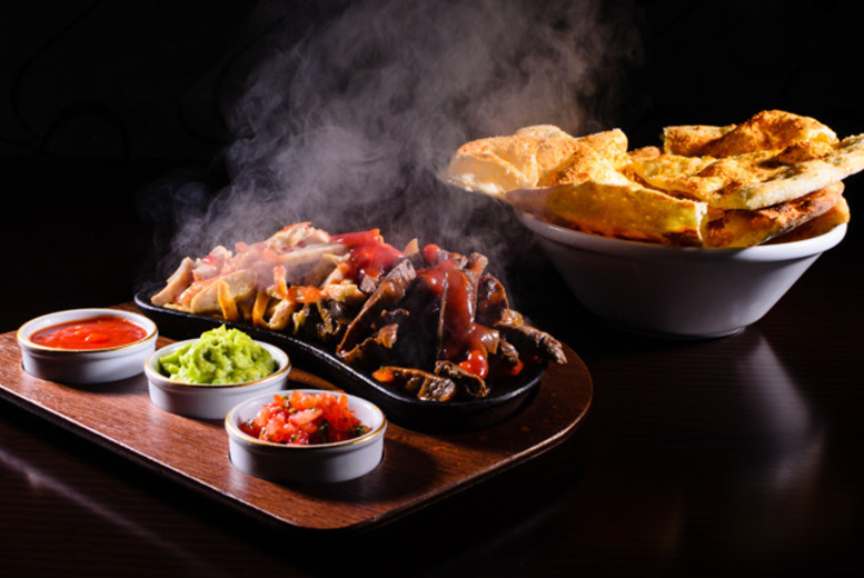 £19.99 for a Mexican meal for 2 inc. starter, main course and bottle of Sol each at Sombrero Bar & Grill, Birkenhead - save up to 34%