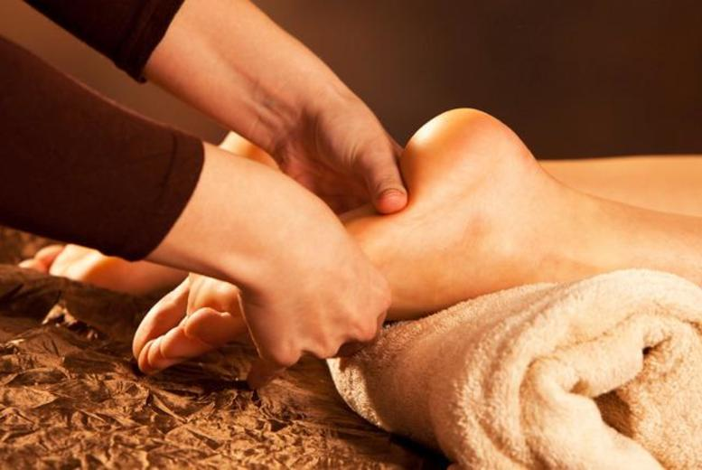 £12 instead of up to £35 for a 1-hour reflexology session with Edinburgh Love Your Life Therapies - save up to 66%