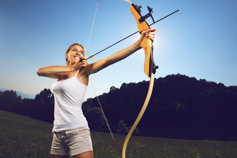 £18 instead of £30 for a 2-hour archery experience for one person, or £34 for two people at Blackburn Archery - save up to 40%