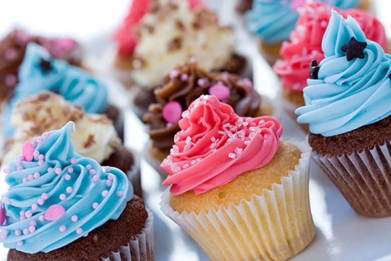 £12 instead of up to £25 for 12 buttercream cupcakes in a choice of 3 flavours from New York Cakes, Shoreditch - save up to 52%