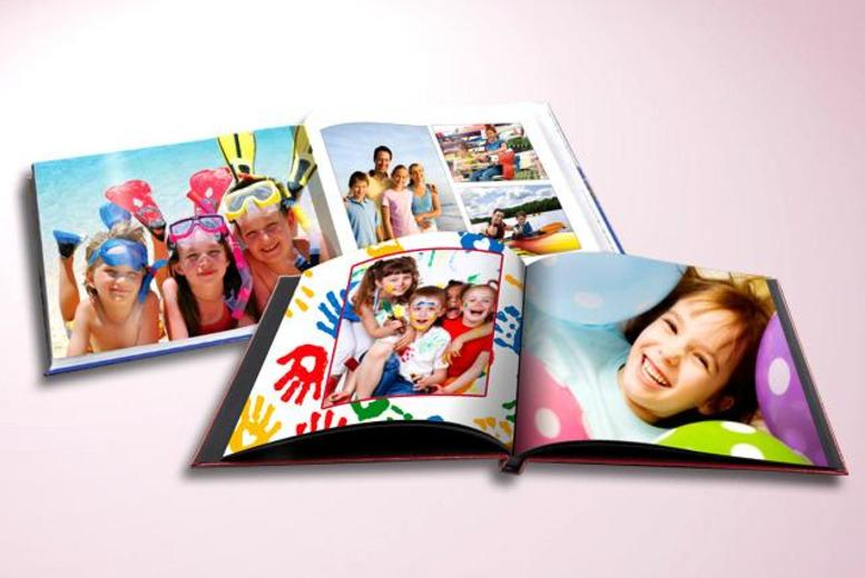 £19 instead of £97.49 (from Smiley Hippo) for a 106-page A4 hardback landscape photobook with printed cover - save 81%