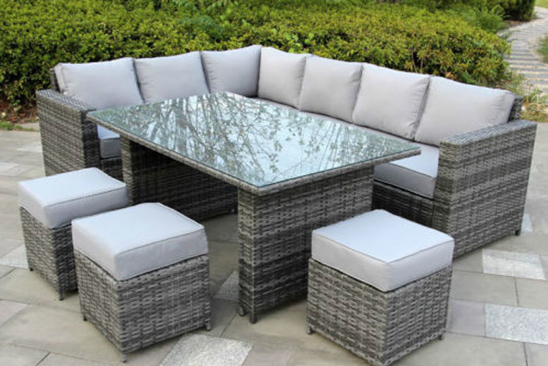 £419 instead of £999.99 (from Dreams Outside) for a nine-seater rattan furniture set - add some serious style to your home and save 58%