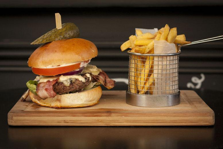 £24 instead of up to £52.40 for a 2-course American meal for 2 inc. a cocktail each at Honky Tonk, Clapham or Chelsea - save up to 54%