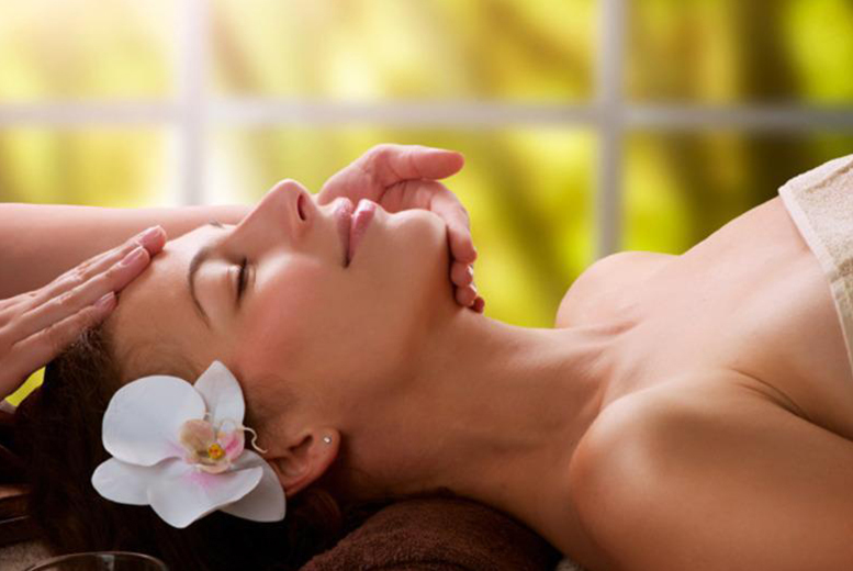 £16 instead of £45 for a 60-minute Dermalogica facial and a back, neck and shoulder massage at Beauty by Daneka at Bliss, Glasgow - save 64%