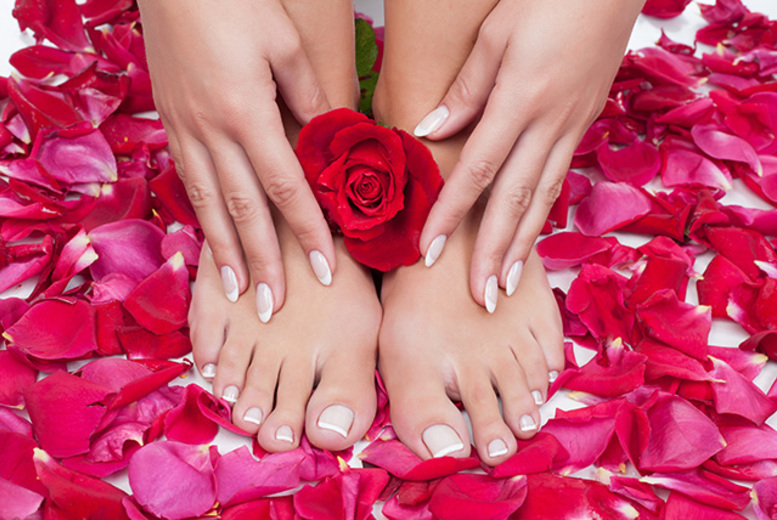 £18 instead of £46 for an 80-minute deluxe manicure and pedicure at USA Star Nails, Hampstead - save 61%