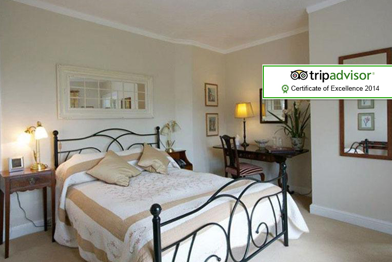 £59 for a 1-night break for 2 inc. breakfast, £109 for 2 nights, £149 for 2 nights with dinner at The Farthings Country House Hotel - save up to 55%