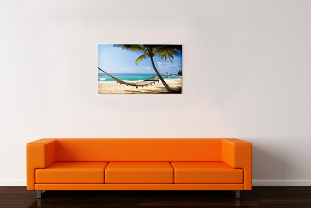 £7.99 instead of £44.99 (from Your Perfect Canvas) for a customised A2 photo Canvas - spruce up tired walls and save 82%
