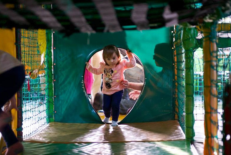 £10 instead of up to £22.50 for five indoor play sessions at Monkey Maze, Garforth - save up to 56%