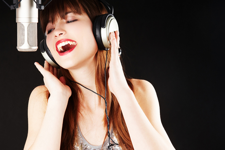 £29 for a 1-hour recording party package for up to 5 people including a glass of bubbly each at Kreative Music, Leicester - save up to 74%