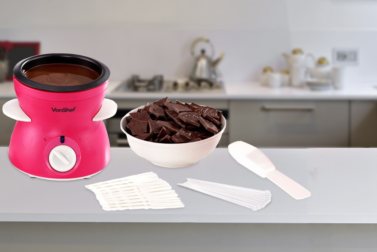 £11.99 instead of £29.99 (from Domu) for a 22pc VonShef chocolate fondue kit - save a chocorific 60%
