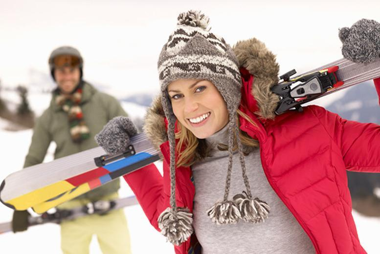 £99 for 6 hours of indoor skiing or snowboarding lessons including all equipment at Chill FactorE, Manchester from Activity Superstore
