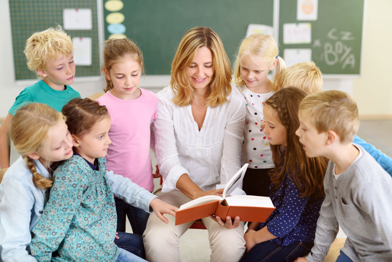 creative writing children Learn to teach a creative writing class for children by reading this helpful and unique article teaching a course will help both you, and the students.