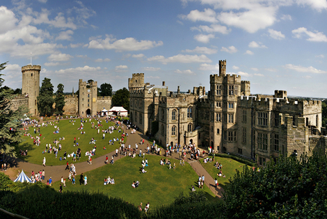 £89 for an overnight stay for two with breakfast and tickets to Warwick Castle, £99 for family of 3, £109 for family of 4 - include dinner from £109!