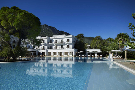 From £179pp for a three-night 5* all-inclusive spa break to Kamena Vourla with flights and optional car hire, from £239pp for 5nts, from £289pp for 7-nights- save up to 24%