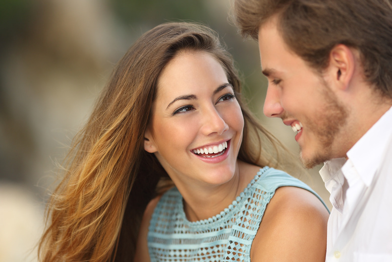 £69 for a ZOOM teeth whitening treatment including a consultation for one, £119 for two people at Glamour Smile Clinic, Oxford Street - save up to 84%