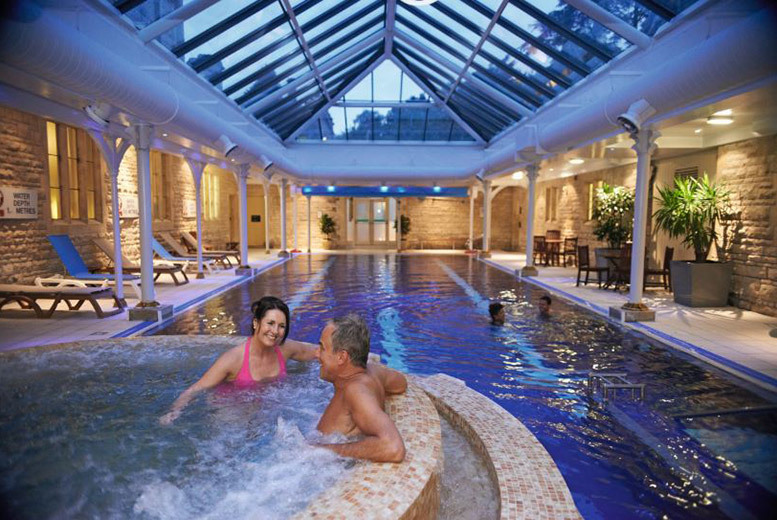 £79 instead of £160 for a deluxe spa day for two including a light two-course lunch at The Spa at Thoresby Hall - save 51%
