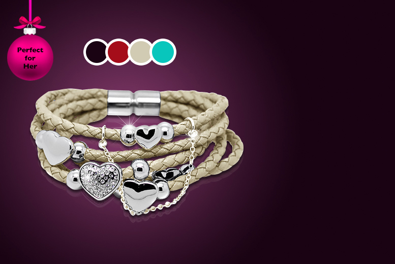 £9 instead of £50 (from Cian Jewels) for a leather heart bracelet made with Swarovski Elements in black, red, cream or turquoise – save 82%