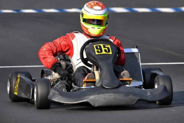 £23 instead of £46 for a 100-lap outdoor go-karting experience for one person, £45 for 2 at Knockhill Racing Circuit, Fife - save up to 50%