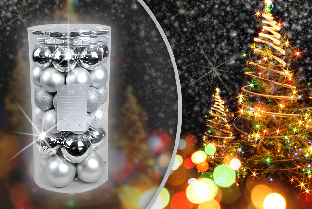 £6.99 instead of £14.99 (from Uniquely Christmas Trees) for a pack of 50 shatterproof baubles in gold, silver, white or red - save a merry 53%