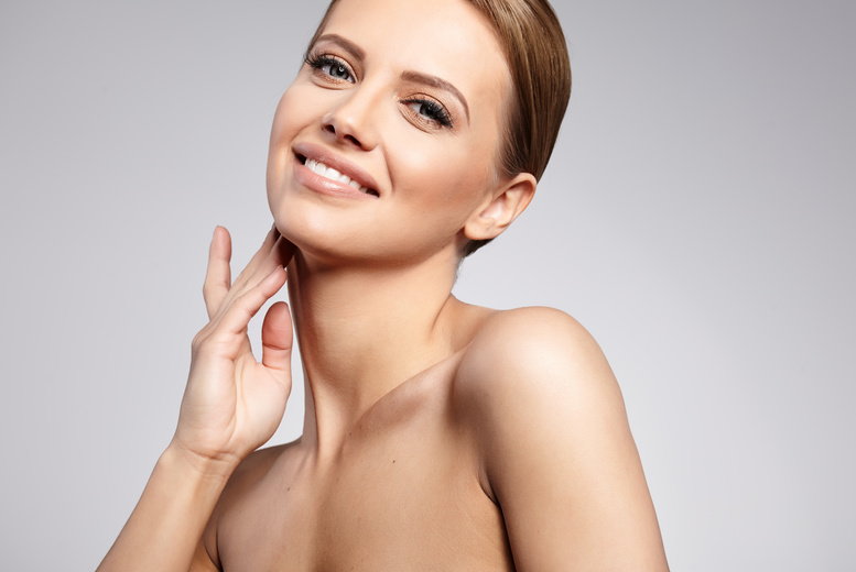 £199 for a PDO thread lift treatment on eye bags and crow's feet, £399 on one facial area or £899 on full face and neck at Select Medical, Cheshire - save up to 67%
